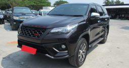 2016 – TOYOTA 4WD 2.8V AT FORTUNER BROWN – 6147