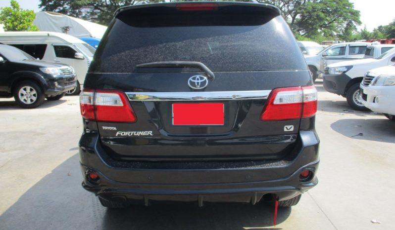 2012 – TOYOTA 2WD 2.7V AT FORTUNER BLACK – 540 full