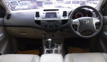 2012 – VIGO 4WD 3.0G AT DOUBLE CAB WHITE – 8893 full