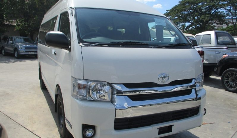 2019 – TOYOTA 2WD 3.0 MT COMMUTER WHITE – 5476 full