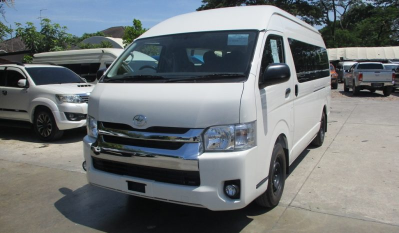 2019 – TOYOTA 2WD 3.0 MT COMMUTER WHITE – 4731 full