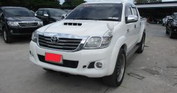 2012 – VIGO 4WD 3.0G AT DOUBLE CAB WHITE – 9915