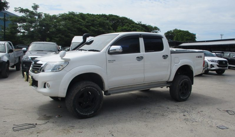2013 – VIGO 4WD 2.5E MT DOUBLE CAB WHITE – 8846 full