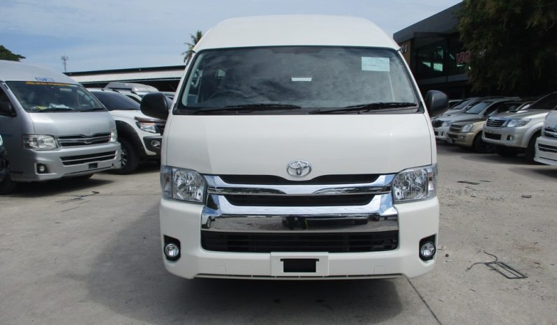 2019 – TOYOTA 2WD 3.0 MT COMMUTER WHITE – 5272 full