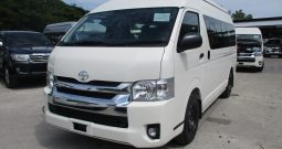 2019 – TOYOTA 2WD 3.0 MT COMMUTER WHITE – 5272