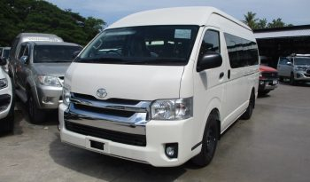 2019 – TOYOTA 2WD 3.0 MT COMMUTER WHITE – 4816